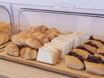 朝食 小倉ドッグなどの『名古屋めし』もご用意しております。