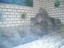 天然温泉でリフレッシュ