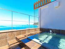 まんてんの湯~おりひめ~青い空と海を望む貸切展望露天風呂。贅沢なひとときをお過ごしください。