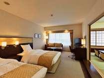 ■本館和洋室 和室6畳がついて広々54平米 明石海峡海側 ※各階1部屋づつ
