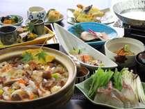 ■日本料理【有栖川】で楽しむ特選懐石。季節ごとに旬の食材を贅沢に特選コースで。