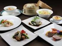 ■中国料理【壺中天】コース料理は、明石海峡大橋を眺めながらお楽しみいただけます。