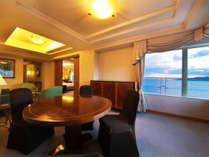 ■ロイヤルスイート■92平米。寝室とリビングの2部屋、ビューバスも備わった舞子ビラNo.1の贅沢空間