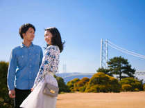 「はいチーズ♪」庭園には明石海峡大橋がバックに見える【撮影ポイント】がございます