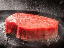 【神戸牛三昧-Kobe Beef-】世界の舌をも魅了する旨味を湛えた神戸が誇る逸品。