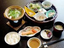 【朝食付き】平日限定☆朝はゆっくり和朝食☆良質の温泉で身体の芯からほっこりしよう♪