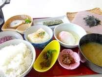 *★朝食しっかり!和朝食をお食事処にてご用意致します★