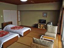 12畳ベッド付きのお部屋です。