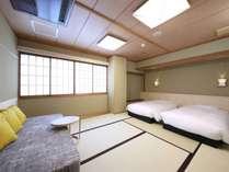 【和室ベッドタイプ】ソファベッドがご利用可能で3名様までお入りいただけます。
