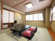 【和室スタンダード】広めのお部屋でご家族旅行に大変人気のお部屋です。