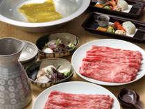 【牛しゃぶ】昆布だしと野菜の旨味、とろけるような牛肉を堪能。※イメージ