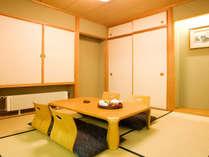 ベッドルームと和室はプライベート感を保てるようゆったりした独立設計