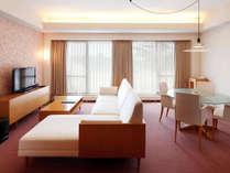 限定2室のラグジュアリー感あふれる和洋室、調度品も通常ルームよりワンランク上をご用意。