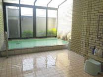 *大浴場/気持ちのいい光が入る大浴場で疲れた体をリフレッシュ!