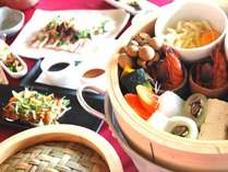 【新鮮な食材を】海水蒸し料理と鶏飯付き2食プラン