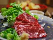 【料理】熊本名物馬刺し!!熊本に来たなら必ず食べたい一品!舌の上でとろ~り!絶品!