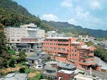 稲佐山中腹に建ち長崎夜景を一望できる長崎スカイホテル