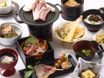 *【2017夏*越前御膳一例】山海の幸を越前漆器に盛り合わせた和食膳です