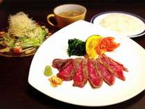 【秋得】夕食は『広域警察9』主演の高橋克典さんも絶賛の宮崎牛ステーキ(100g)セットで!