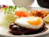 ★日替わり夕食一例☆ハンバーグ定食★みんな大好きお肉料理の王道!大人も子供も夕食を愉しんで♪
