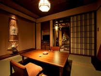 【別亭 睡蓮花(すいれんか)】ゴージャスなメゾネットタイプの露天風呂付客室