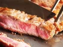 23F鉄板焼きでのステーキで贅沢なひとときを。