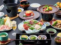 【さくら会席】熊本ならではの馬肉(さくら)の当館人気メニューです。