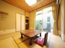 【1階の和室6畳】景観が無く狭い分、得得です。