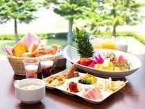 ◆朝食バイキングは和洋20種のメニューが並びます。*洋食のイメージ