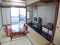 文月のお部屋です。2Fで2~4名利用となっております。