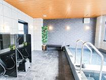 源泉100%(運び湯)大浴場(炭酸泉・サウナ・露天風呂あり)温泉(神代の湯)