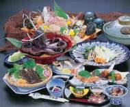 日間賀島での旬の海鮮料理をご堪能あれ!