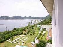 【客室からの眺望】錦江湾(鹿児島港)を望む絶景が自慢です