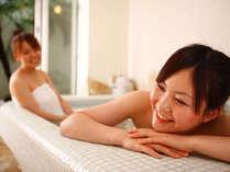 【貸切家族風呂】全3室あり、1室はバリアフリー対応となっております(1時間2200円税込)