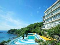 海辺の旅館、双子島荘です。