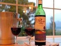 夜景を見ながら富良野ワインで乾杯!!