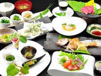 【夕食全体例/スタンダード】信州ブランドの素材が揃う「和菜会席」です。