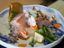 *「鰆料理」は岡山を代表する料理のひとつ。鮮度の良い上質な鰆をお刺身でどうぞ