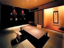 ▲ミクニスイート(和室):和とモダンの調和。落ち着きある畳の間も設けております。
