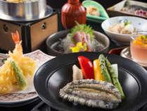 新鮮なアワビを熱々陶板焼きで!ボリュームたっぷりのお食事コースです。