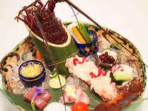 伊豆で揚がった伊勢海老をお愉しみください。◇グレードアップ特選料理(一例)