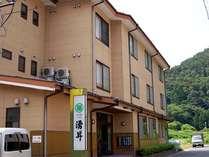 客室は、15部屋。 鉄筋構造の3階建てです。