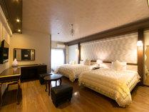 35平米のお部屋に☆140cm幅ベッド2台にエキストラ1台♪/ファミリールーム