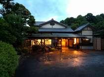 湯河原温泉 旅館 阿しか里 日本最大級貸切露天風呂の宿