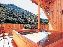 山々を望む貸切露天風呂「もみじの湯」