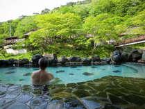 大沢の湯 景色を堪能しながらゆっくり温泉に浸かってださい