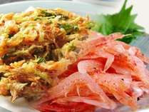 駿河湾の名産、桜海老をカラッとかき揚げに。早春の企画料理で提供します。