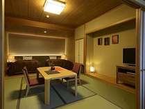 和室とベッドを設えた空間が落ち着いた雰囲気のお部屋