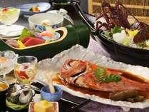 露天風呂付のお部屋用、季節替わりの和会席膳一例。※宿泊時期により料理内容は変わります