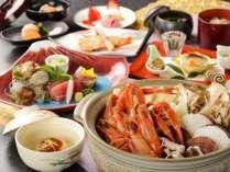魚介類の旨みが凝縮したスープが決め手の海鮮寄せ鍋となります。